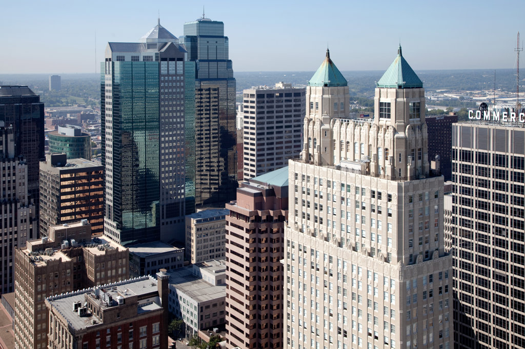 Aerial view of the CBD of downtown Kansas City, Missouri with the 909 Walnut apartment tower in foreground, USA : Stock Photo