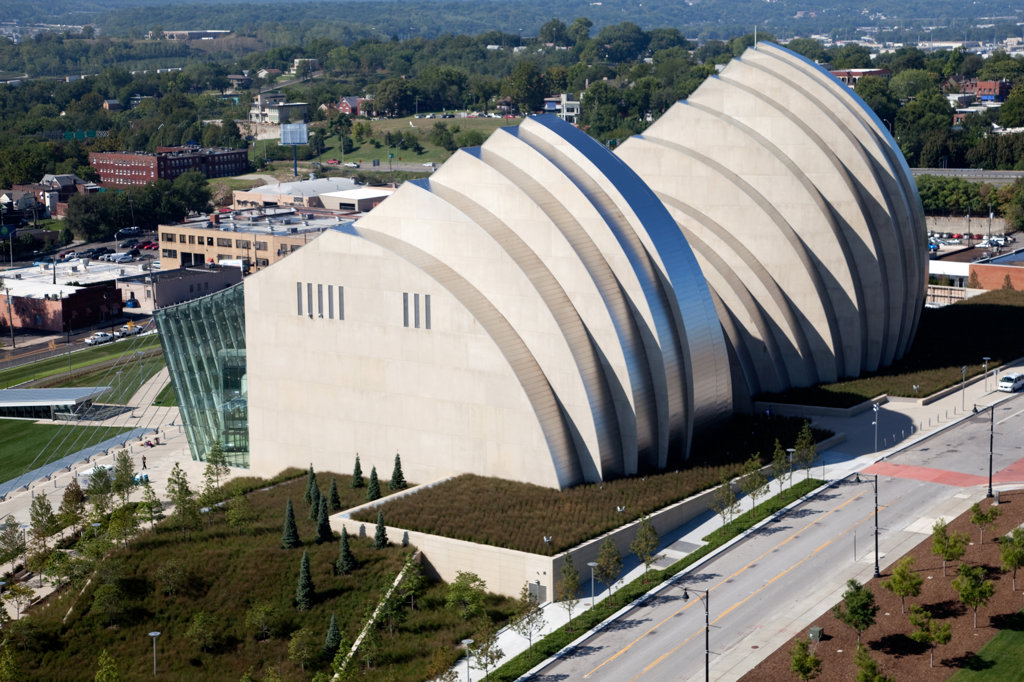 Stock Photo: 4017-2622 Aerial view of the Kauffman Center for the Performing Arts in downtown Kansas City, Missouri, USA