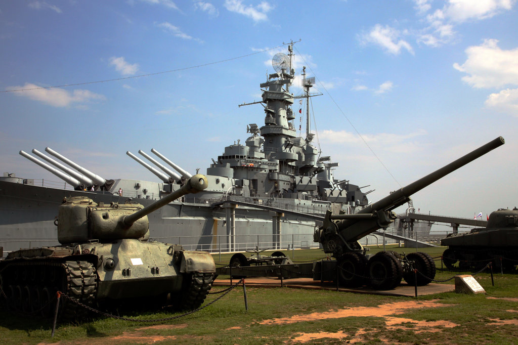 Stock Photo: 4017-2745 Cannon on the battlefield, USS Alabama Battleship Memorial Park, Mobile Bay, Mobile, Alabama, USA