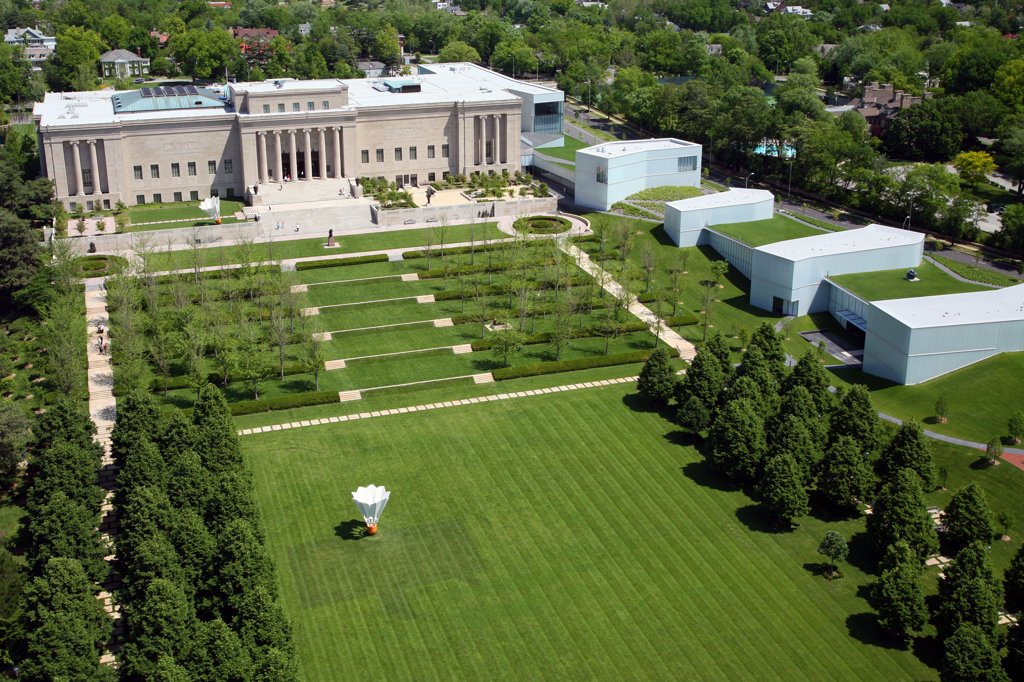 Stock Photo: 4017-2762 Aerial view of Nelson Atkins Museum of Art with Bloch addition, Kansas City, Missouri, USA