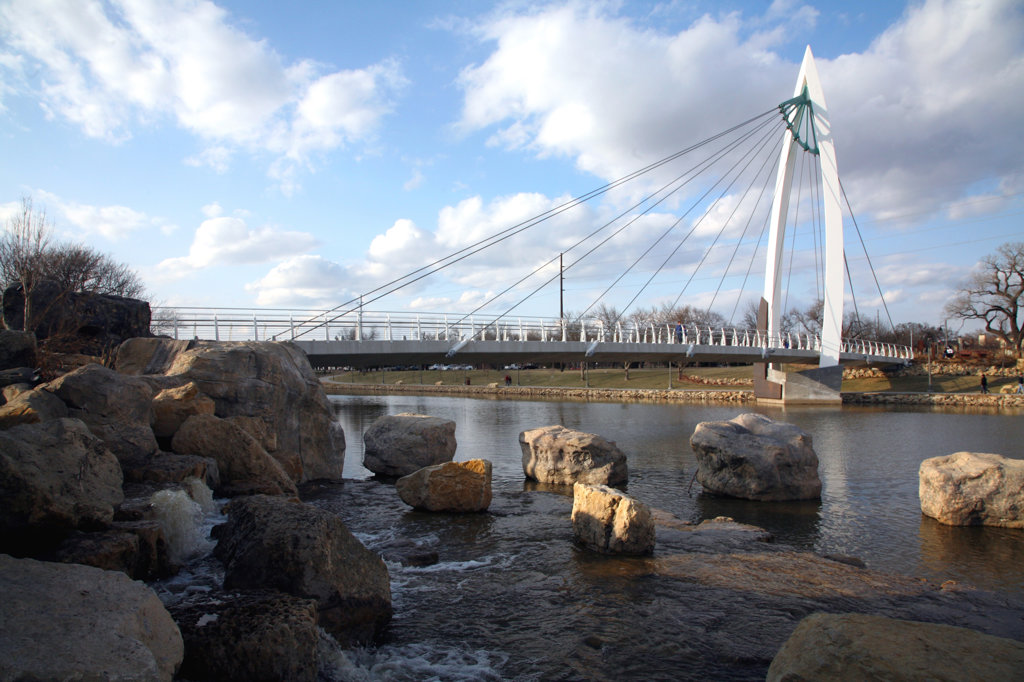 Wichita Riverfront Pedestrian Bridge over the Arkansas River, Wichita, Kansas, USA : Stock Photo