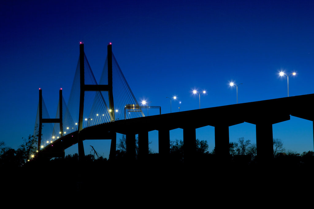 USA, Georgia, Savannah, Talmadge Memorial Bridge over Savannah River : Stock Photo