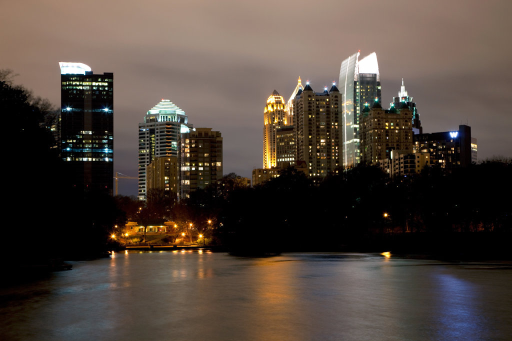 Stock Photo: 4017-3192 Midtown Atlanta skyline from Lake Clara Meer in Piedmont Park, Atlanta, Georgia, USA