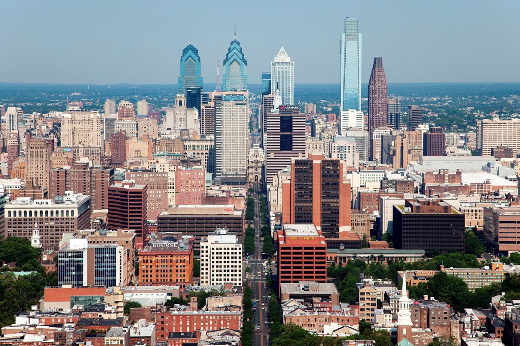 Stock Photo: 4017-3613 Philadelphia, Pennsylvania Skyline from over the Delaware River