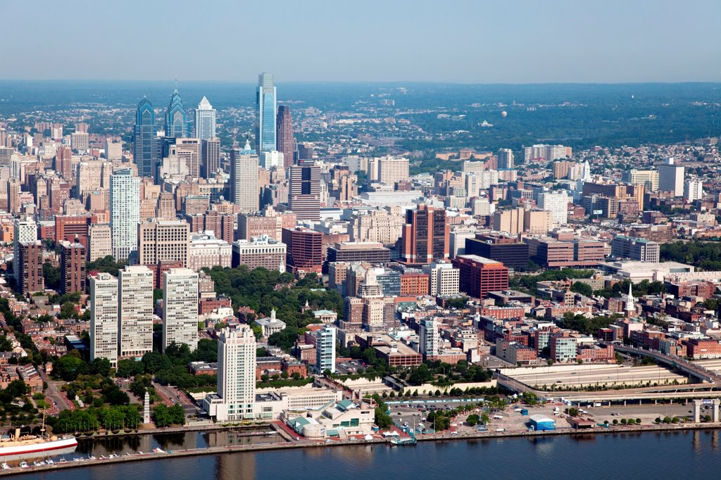Stock Photo: 4017-3632 Center City Skyline, Philadelphia, Pennsylvania from over the Delaware River