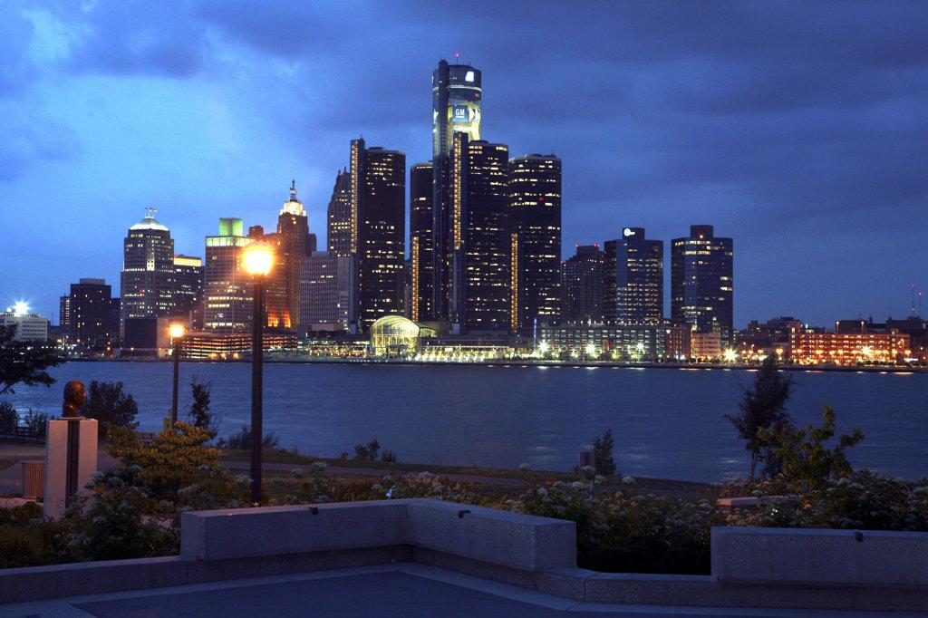 USA,   Michigan,   Detroit,   Skyline at night : Stock Photo