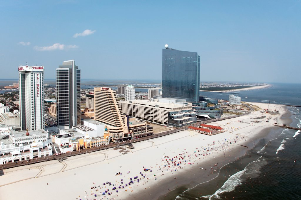 USA, New Jersey state, Atlantic City, Skyline from over Atlantic Ocean : Stock Photo