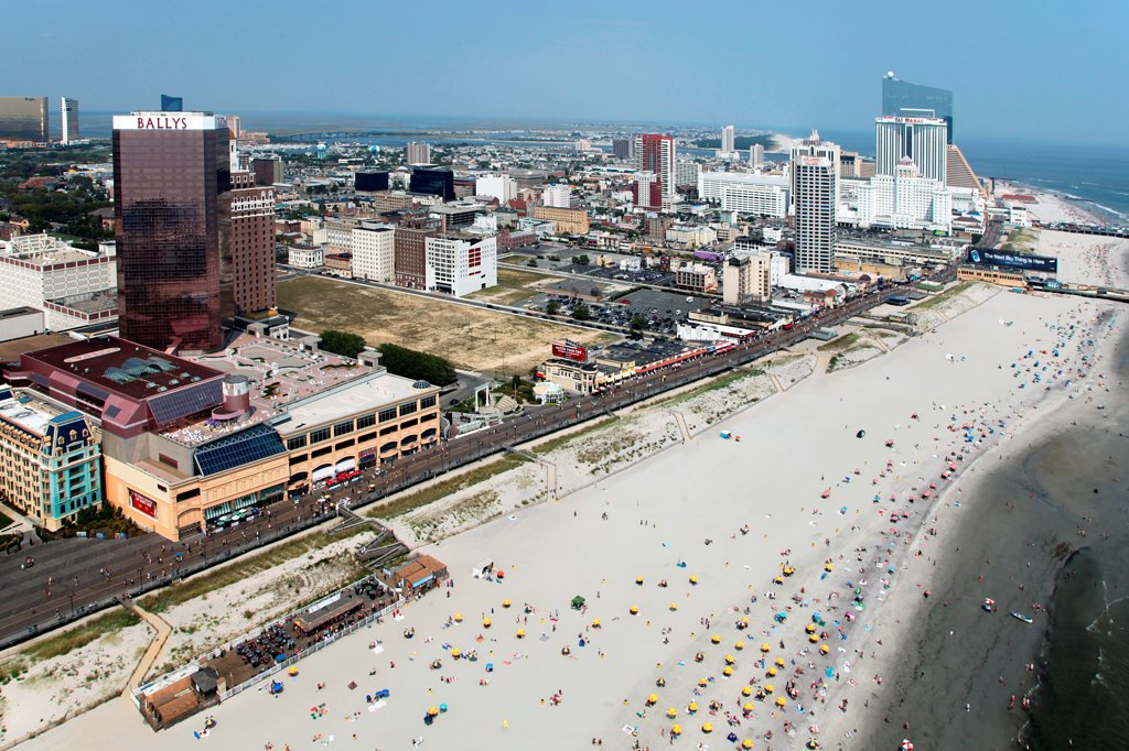 Stock Photo: 4017-3665 USA, New Jersey state, Atlantic City, Skyline from over Atlantic Ocean