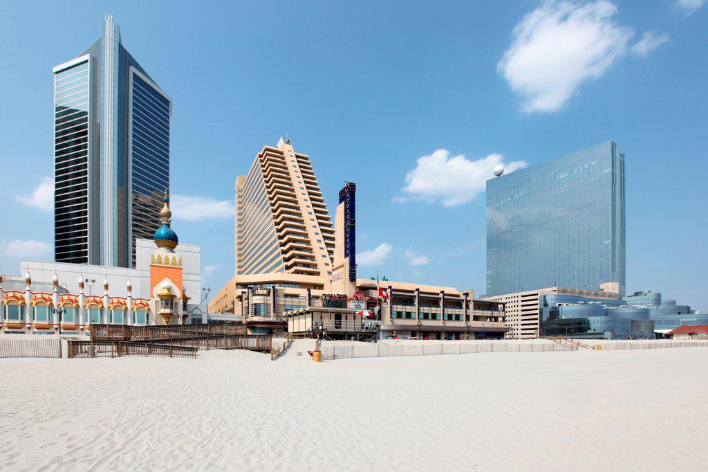 Stock Photo: 4017-3670 USA, New Jersey state, Atlantic City, Taj Mahal, Showboat, and Revel on Atlantic City