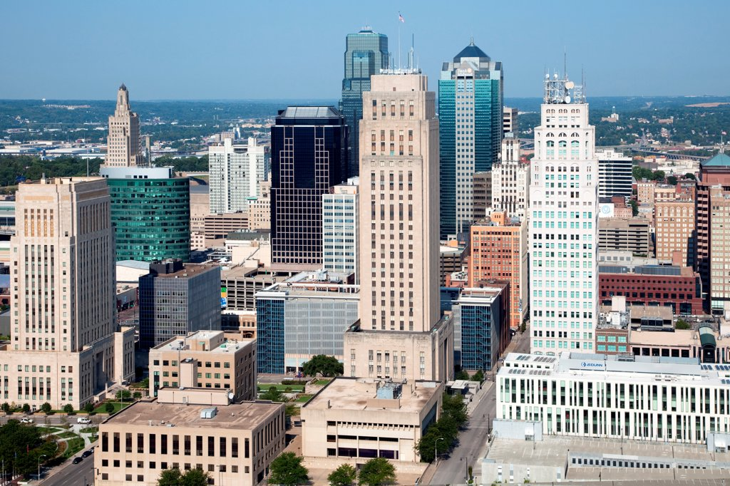 Stock Photo: 4017-3752 USA, Missouri, Kansas City, Aerial of part of Government District with City Hall