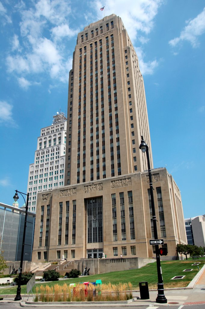Stock Photo: 4017-3755 USA, Missouri, Kansas City, City Hall Building is 30 story art deco tower