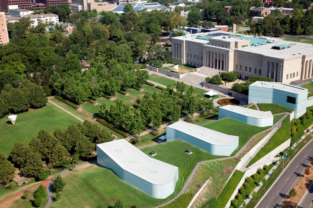 USA, Missouri, Kansas City, Aerial view of Nelson Atkins Museum of Art and Bloch Buildings : Stock Photo