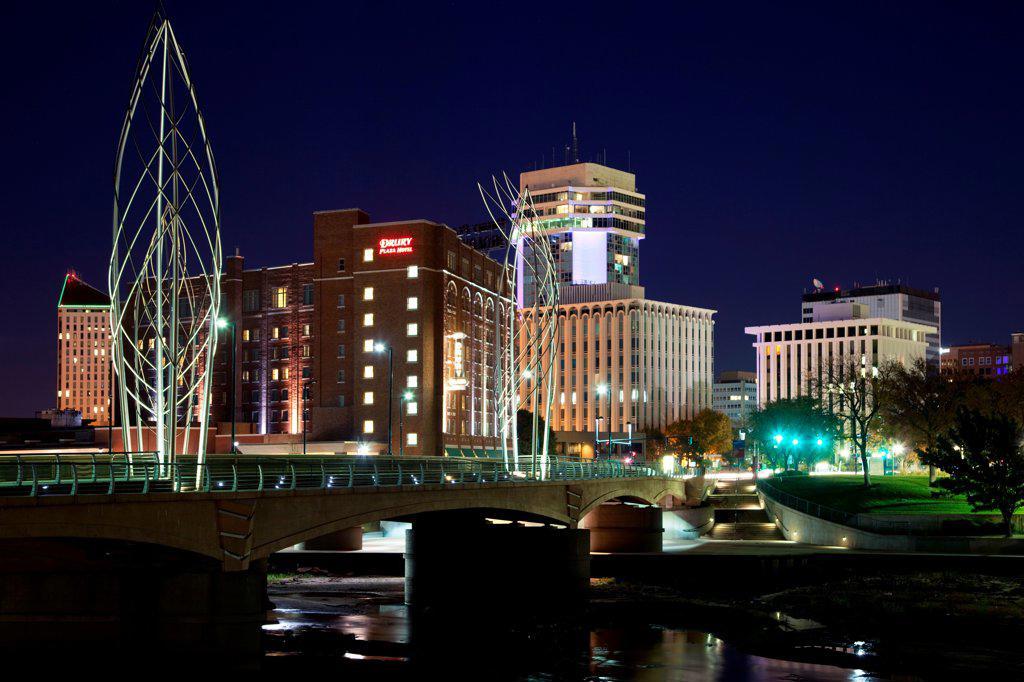 Stock Photo: 4017-3826 USA, Kansas, Wichita, Douglas Street Bridge crossing Arkansas River in Downtown
