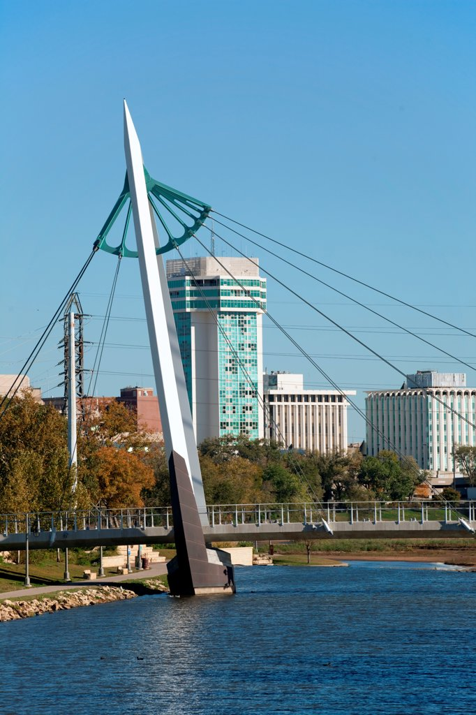 Stock Photo: 4017-3833 USA, Kansas, Wichita, Riverfront Pedestrian Bridge over Arkansas River