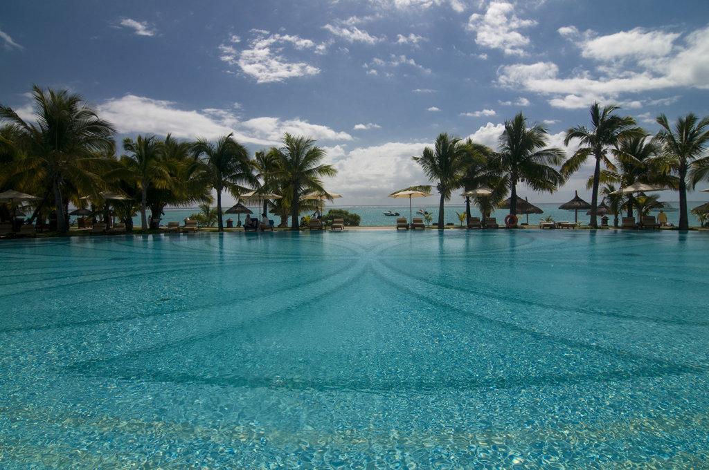 Mauritius,  Le Paradis hotel, swimming pool of luxury hotel : Stock Photo