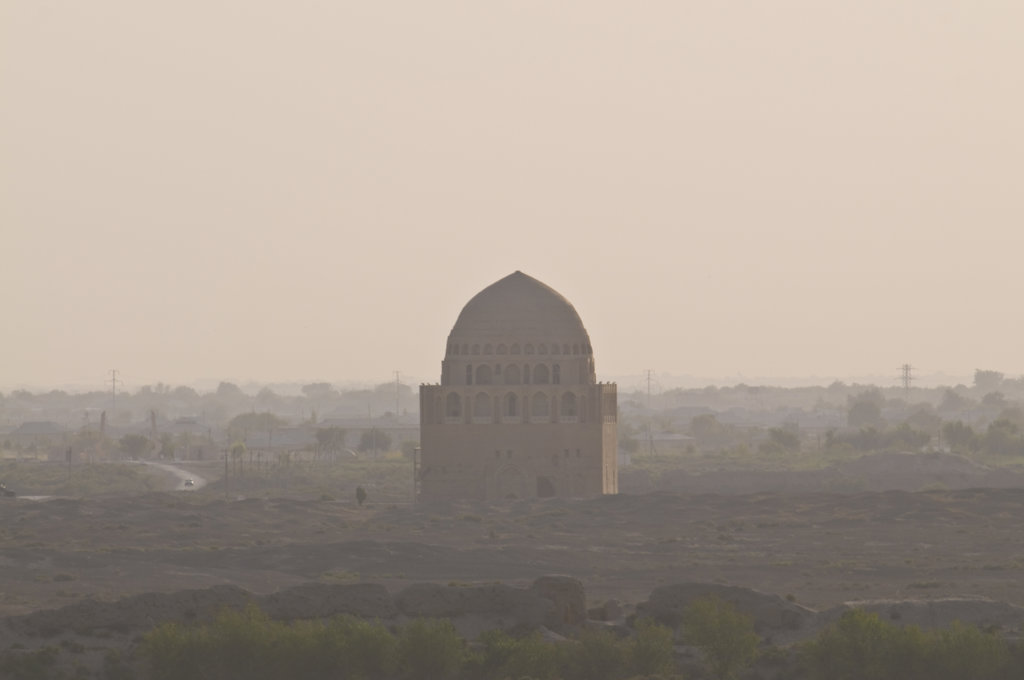 Turkmenistan, Merv, Rebuilt Mausoleum with cupola : Stock Photo