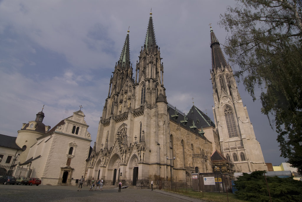 Low angle view of a cathedral, Saint Wenceslas Cathedral, Olomouc, Moravia, Czech Republic : Stock Photo