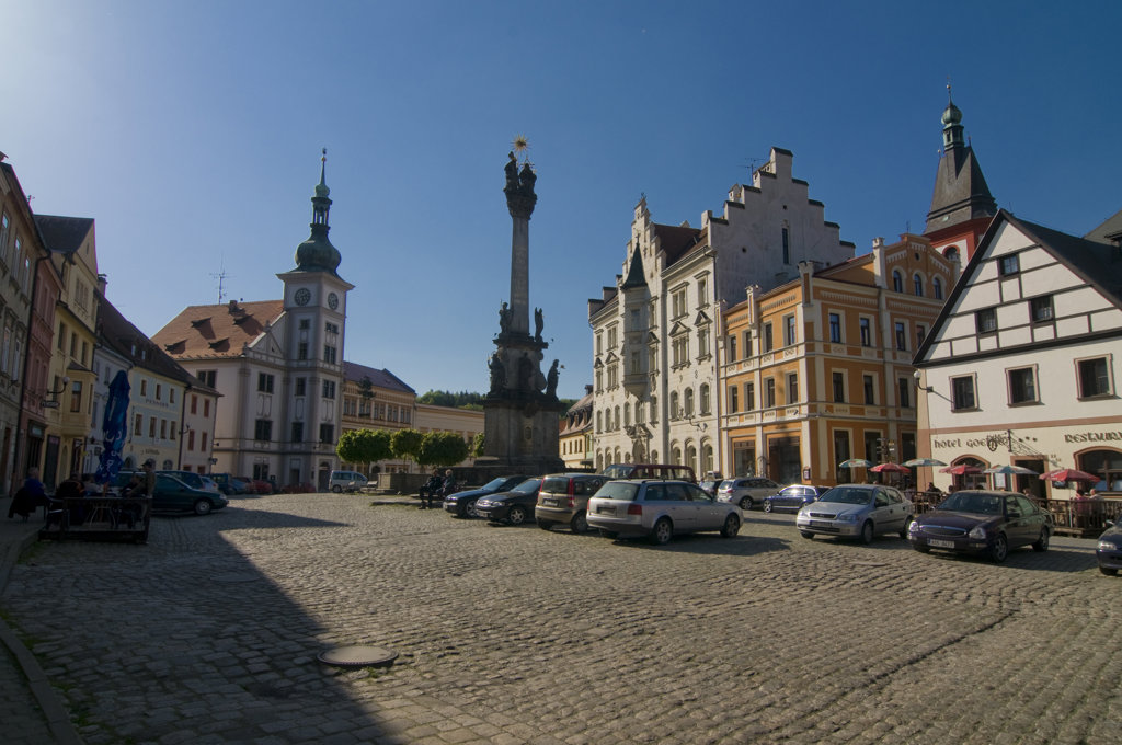 Church and market in a town, Loket, Karlovy Vary, Czech Republic : Stock Photo