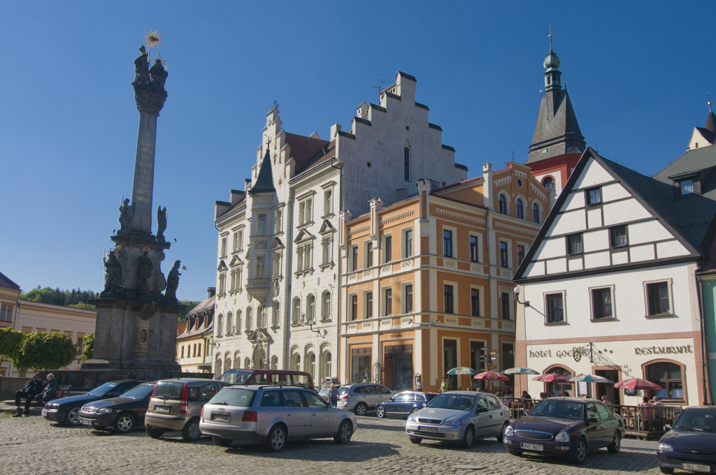 Stock Photo: 4021-823B Church and market in a town, Loket, Karlovy Vary, Czech Republic