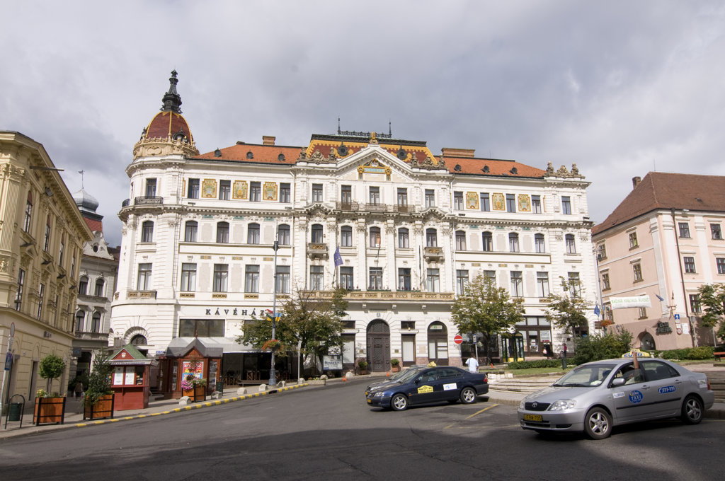 Stock Photo: 4021-873 Cars in front of a city hall, Pecs, Baranya County, Hungary