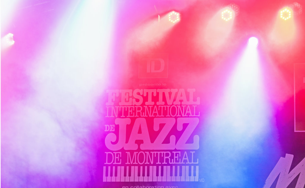 Stock Photo: 4025-233 Canada, Quebec, Montreal, Montreal Jazz Festival, Stage in lights