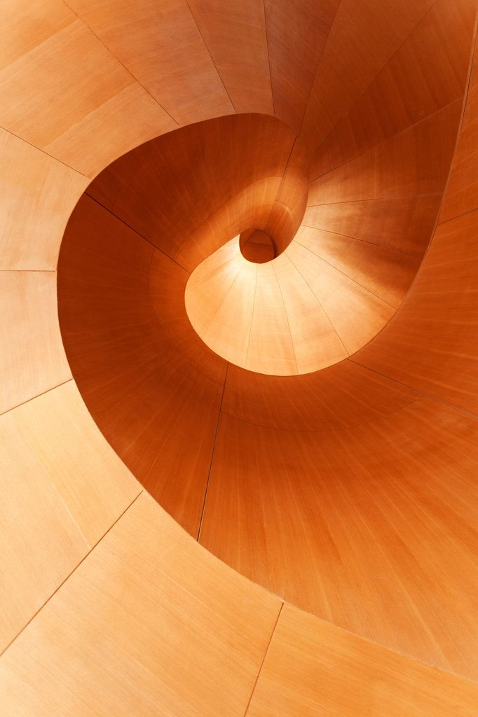 Canada , Ontario, Toronto, Art Gallery of Ontario. Spiral staircase made of wood : Stock Photo