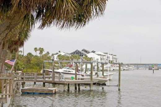 Docks and boats on Clearwater Harbor : Stock Photo