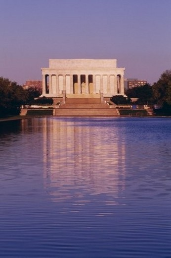 The Lincoln Memorial and the Reflecting Pool in Washington, DC : Stock Photo