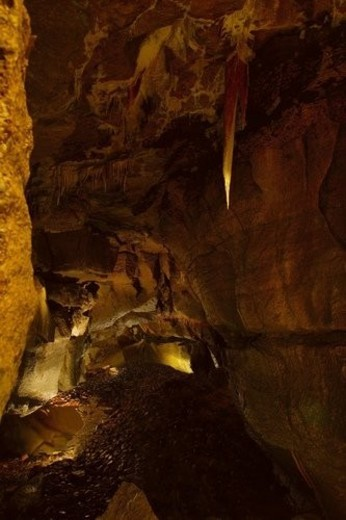 Stock Photo: 4029R-128371 Inside of a cave