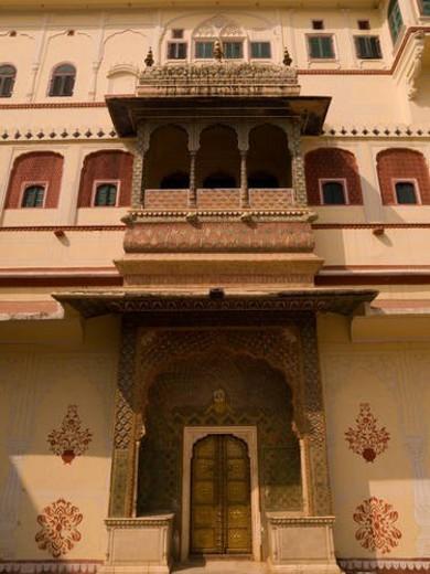 Stock Photo: 4029R-131738 Jaipur, India - exterior of building