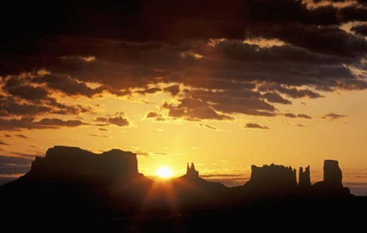 Stock Photo: 4029R-134566 Monument Valley Tribal Park At Sunrise