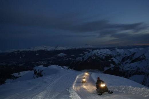 Stock Photo: 4029R-143847 snowmobile adventure tour in Whistler British Columbia