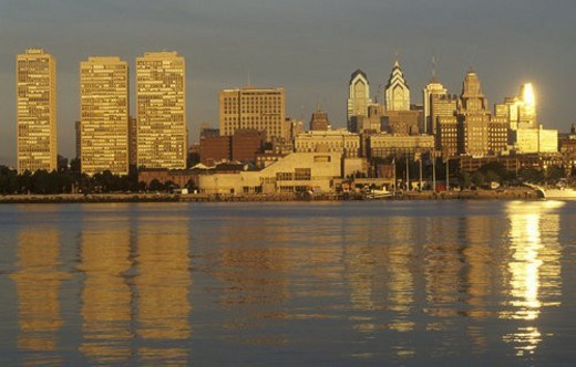 Stock Photo: 4029R-171530 Sunrise over Philadelphia from the Delaware River