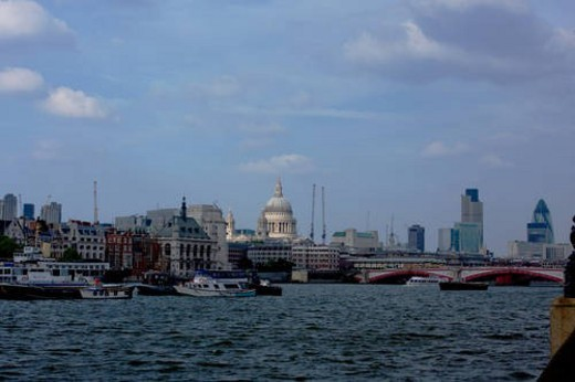 View of Blackfriars Bridge from south bank of River Thames, with Saint Paul s Cathedral in background : Stock Photo
