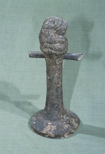 Stock Photo: 4029R-180836 Gray pottery lamp with bear head (Han Dynasty)
