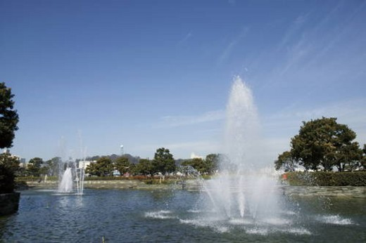 Stock Photo: 4029R-194390 Fountain in Mikasa park, Yokosuka, Kanagawa Prefecture, Japan