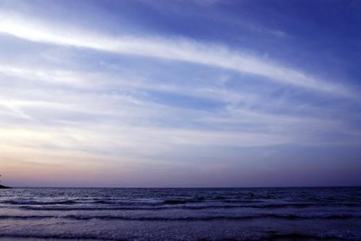 Stock Photo: 4029R-202501 sunset, sunrise, rise, dubai, beach, blue, sky