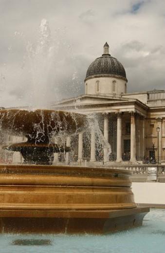 Stock Photo: 4029R-202725 Trafalgar Square - London, England