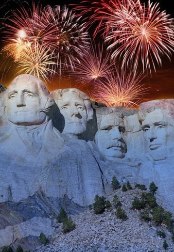 Fireworks behind Mount Rushmore : Stock Photo