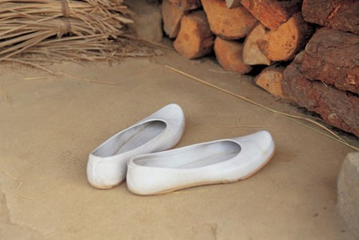 rubber shoes, shoes, korean shoes, tradition, korea, white, footwear : Stock Photo
