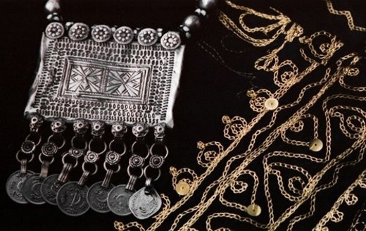 artefact, abaya, dress, arabic : Stock Photo