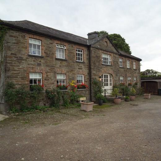 Stock Photo: 4029R-247519 Rural Ireland - Country Manor