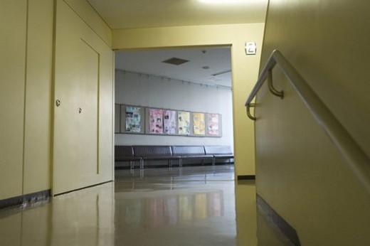 Stock Photo: 4029R-250046 Stair landing in school