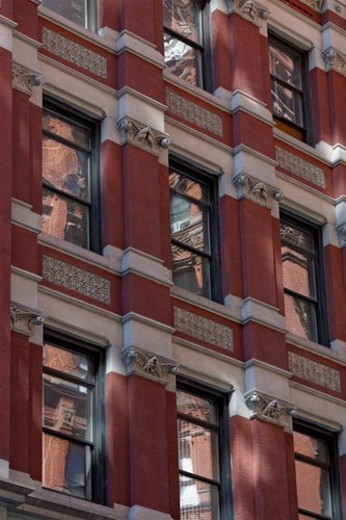 Park Row architecture detail of windows : Stock Photo