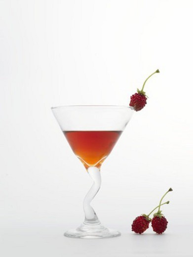 Stock Photo: 4029R-257185 raspberry, cocktail, drink, beverage, cocktail glass, food, glass