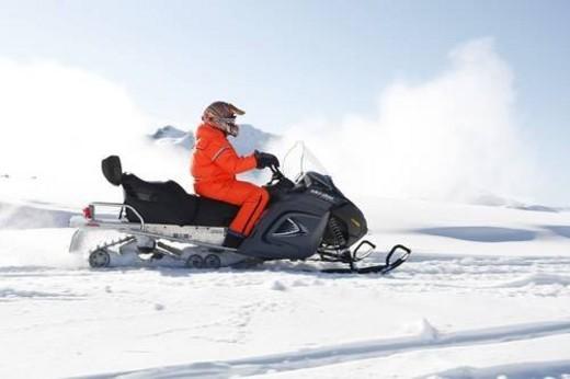 Stock Photo: 4029R-291257 snowmobile adventure tour in Whistler British Columbia