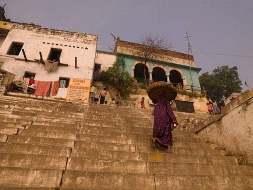 Stock Photo: 4029R-296506 Varanasi, India - Life on the Ganges
