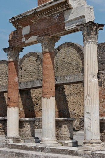 Colonnade entrance to Macellum (market), showing columns of portico : Stock Photo
