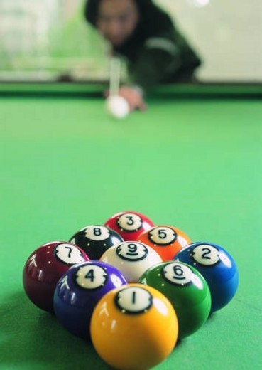 Stock Photo: 4029R-311872 sport, recreation, leisure, exercise, billiards, player