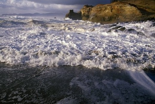 Storm on the Oregon Coast : Stock Photo